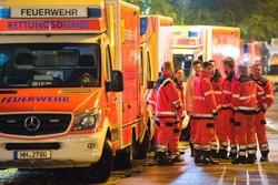 В Германии столкнулись два поезда: не менее 100 пострадавших
