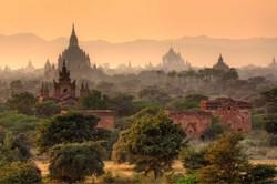 Мьянма закрывает для туристов пагоды Багана