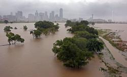 В Хьюстоне объявлен режим ЧП из-за наводнения