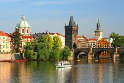 ТОП-10 самых популярных у россиян городов на лето