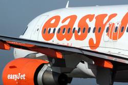Авиакомпания easyJet не возьмёт на борт опаздывающих пассажиров