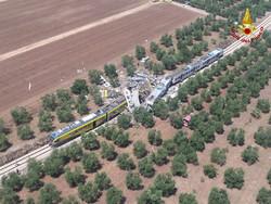 В Италии столкнулись два поезда: 20 погибших