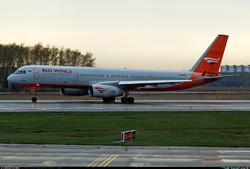 Самолёт Тюмень – Сочи экстренно сел из-за поломки двигателя