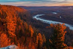 На реке в Якутии были спасены 68 туристов