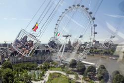 В Лондоне пожарные спасли туристов, застрявших на аттракционе