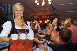 """На """"Октоберфесте"""" в Мюнхене введут запрет на габаритные сумки"""