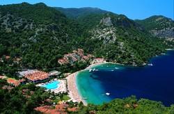Ростуризм рекомендует россиянам не покидать курортные зоны Турции