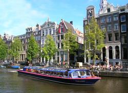 В Амстердаме запустят беспилотные паромы