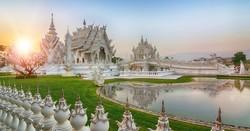 Вход в Белый храм в Таиланде стал платным