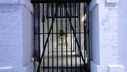 Туристы могут посидеть в индийской тюрьме