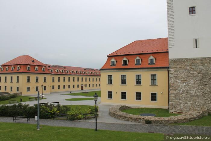 Три столицы на Дунае, или галопом по Европам... столица первая — Братислава