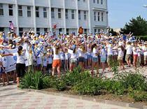 В России закрыли более 700 детских лагерей