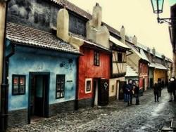 В Праге после реконструкции открыта Злата улочка