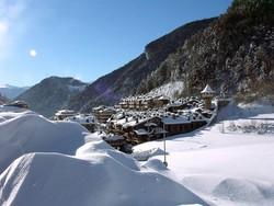 Из-за снегопада горнолыжный сезон в Андорре продлен