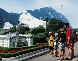 Мини-Швейцарию можно посмотреть в два раза дешевле