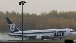 В Варшаве сел Боинг без шасси, аэропорт закрыт на двое суток
