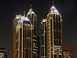 Абу-Даби завлекает туристов новым люксовым отелем