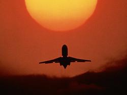 Пассажир отправлен в тюрьму за драку в самолете