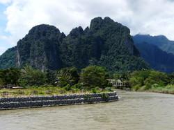 Лаосский Ванг-Вьенг признан одним из самых опасных курортов мира