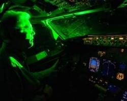 Во Внуково лучом лазера ослепили экипаж садившегося самолета
