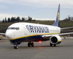 Число рейсов Ryanair в Великобритании сократилось