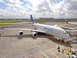 Трансаэро закупает A380 и Superjet-100