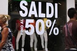 В Италии начались летние распродажи