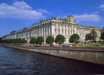 Что не стоит делать при знакомстве с достопримечательностями Санкт-Петербурга