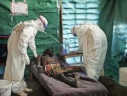 Смертельная лихорадка в Уганде отпугивает туристов