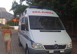 """В Турции снова перевернулся автобус """"Пегаса"""" с российскими туристами. Водитель по традиции уснул"""