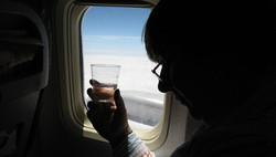 Очередной российский турист устроил дебош на борту самолета