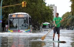 Десятки человек стали жертвами наводнения в Аргентине