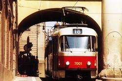 В столице Чехии столкнулись два трамвая с туристами