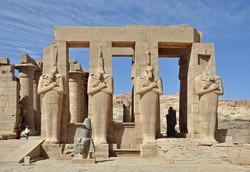 Министр туризма Египта покидает свой пост из-за назначения губернатором Луксора исламиста