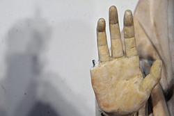 Турист из США отломил палец от статуи Девы Марии в музее Флоренции