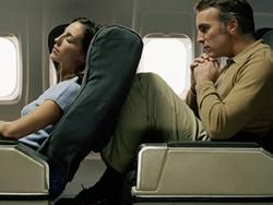 Пассажиры готовы запретить откидывающиеся кресла в самолетах