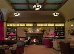 Не «просто переночевать»: отельные номера с историей