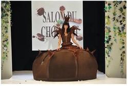 В Париже открылся международный фестиваль шоколада