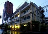 Расположение отеля GRAND MIDWEST EXPRESS