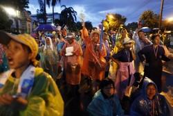 Митингующая оппозиция захватила штаб-квартиру армии Таиланда