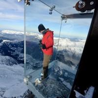 Во французских Альпах открылся новый экстремальный аттракцион