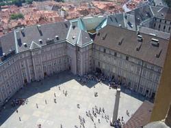 Старый королеский дворец отреставрировали