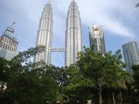 В Куала-Лумпуре — столица, которая в джунглях
