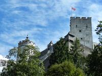 Неприступный замок Хоэнзальцбург.