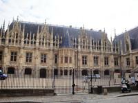 В столицу Нормандии -средневековый Руан.