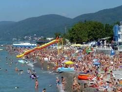Грядущим летом Сочи ждет в гости четыре миллиона туристов