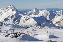Во французских Альпах открывается летний горнолыжный сезон
