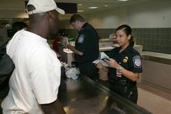 В США ускорят процедуру таможенного контроля туристов