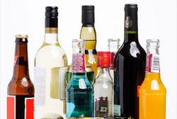 Российские таможенники пообещали не забирать алкоголь у туристов