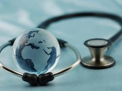 Россиян, выезжающих за рубеж, заставят в обязательном порядке покупать медстраховки